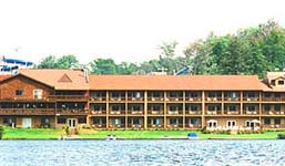 Waters Edge Inn Old Forge New York